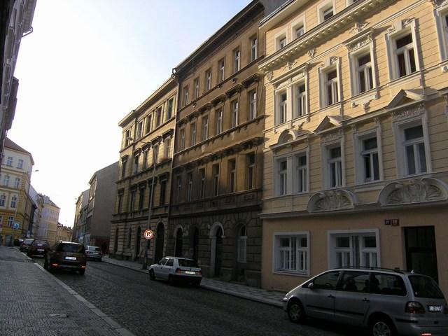 detail-cinzovniho-domu